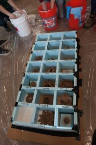 4 Filling mold with plaster